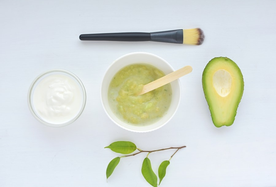 homemade avocado diy face mask