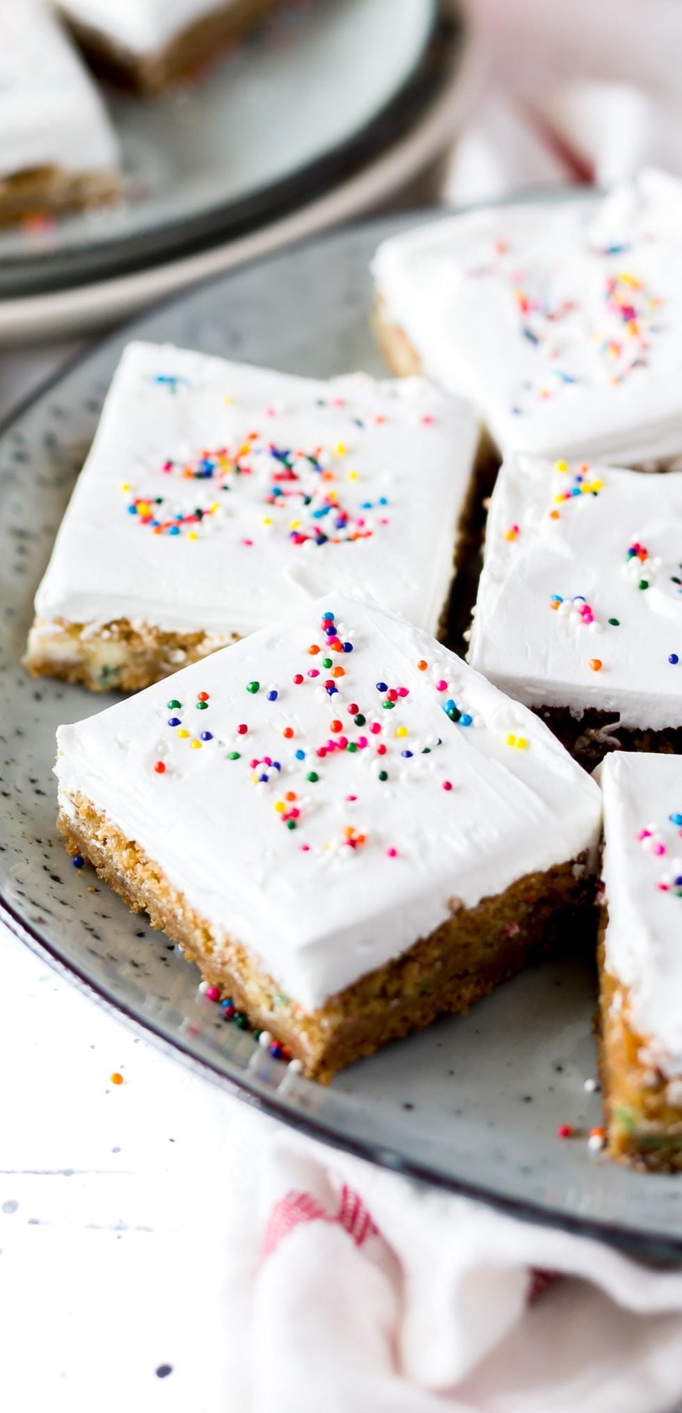 easy birthday cake recipe   Classic birthday cake recipe   homemade birthday cake ideas