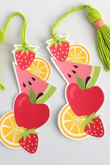 DIY printable fruit bookmark with tassel | Free printable bookmark template