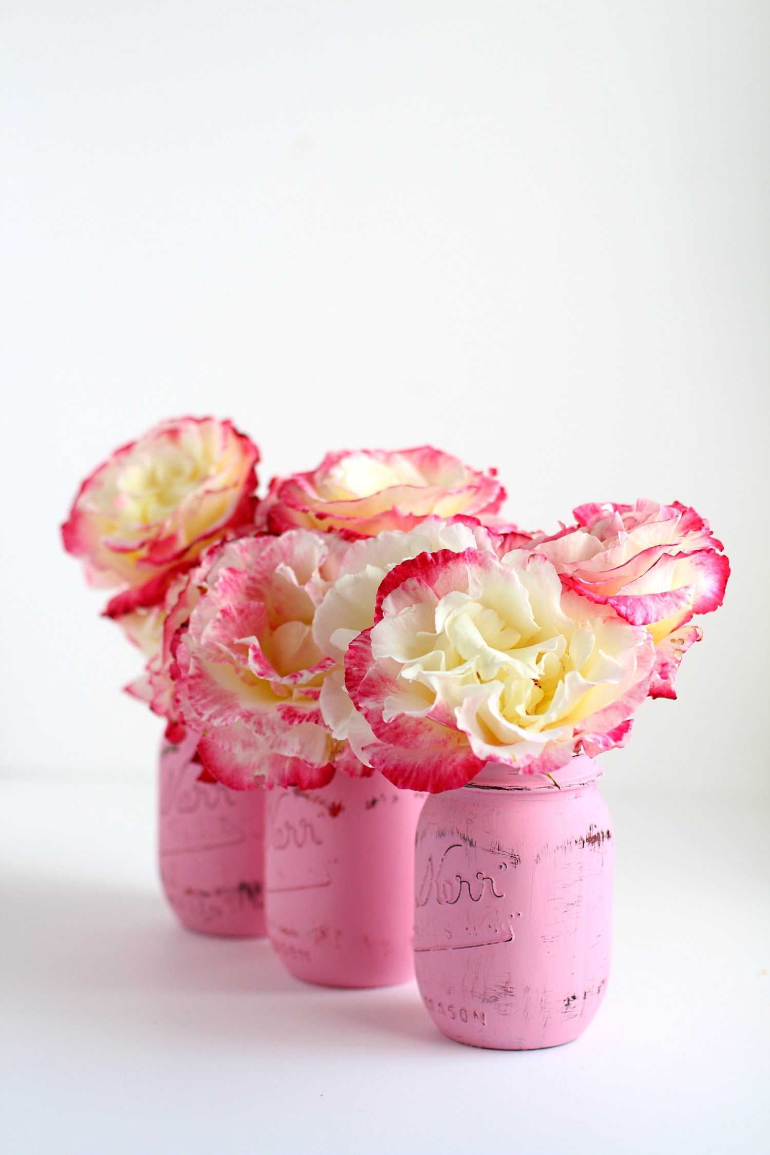 learn to paint mason jars with chalk paint