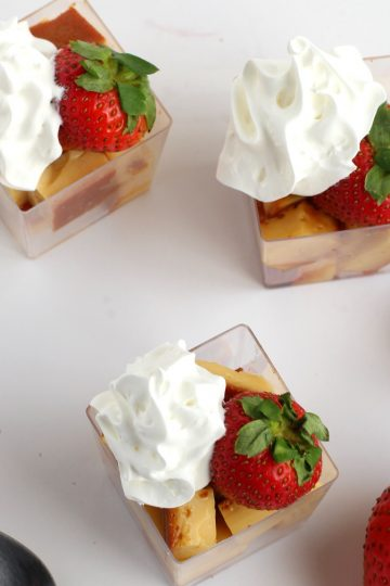 Flan Strawberry Whip Cream Appetizers | Best flan recipe